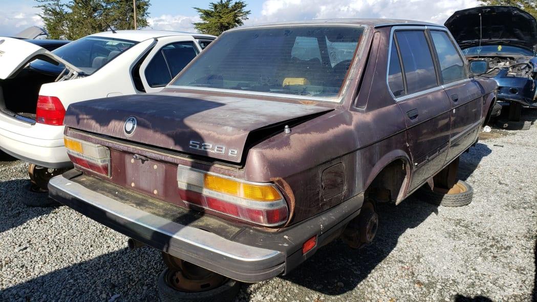 30 - 1984 BMW 528e in California junkyard - Photo by Murilee Martin