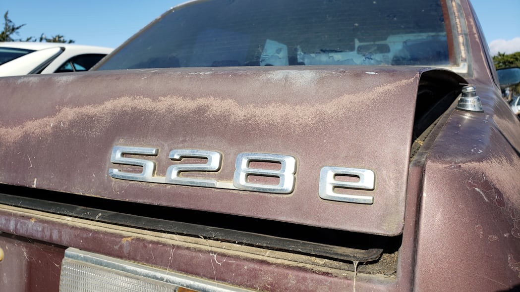 34 - 1984 BMW 528e in California junkyard - Photo by Murilee Martin