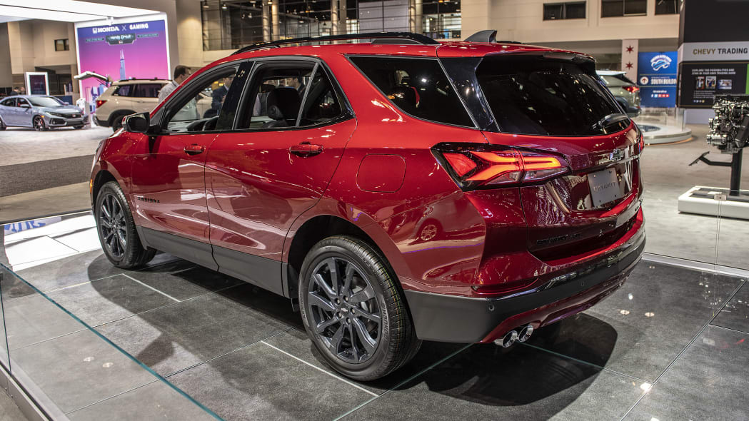 2021-chevy-equinox-rs-chicago-02