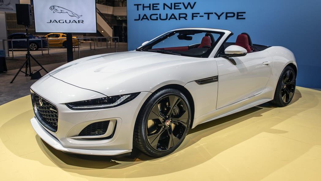 2021-jaguar-f-type-chicago-01