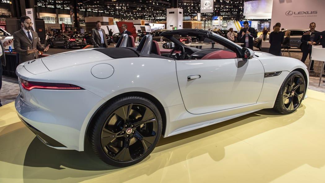 2021-jaguar-f-type-chicago-02