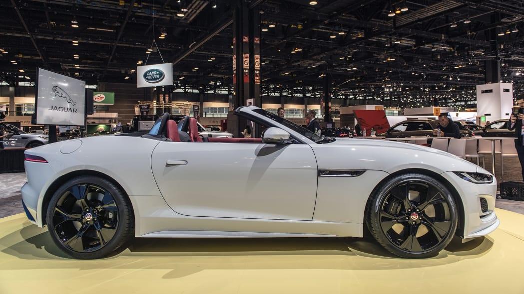 2021-jaguar-f-type-chicago-05