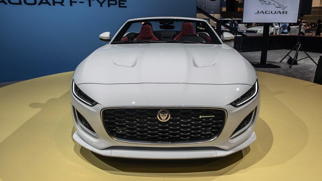 2021-jaguar-f-type-chicago-06