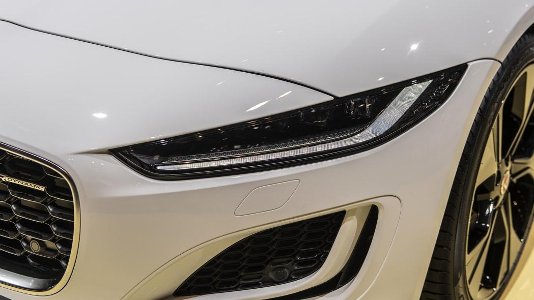 2021-jaguar-f-type-chicago-09