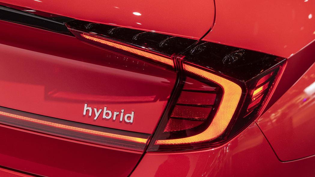 2020-hyundai-sonata-hybrid-chicago-11