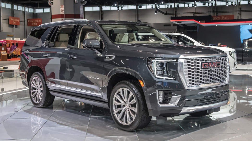 2021-gmc-yukon-chicago-01