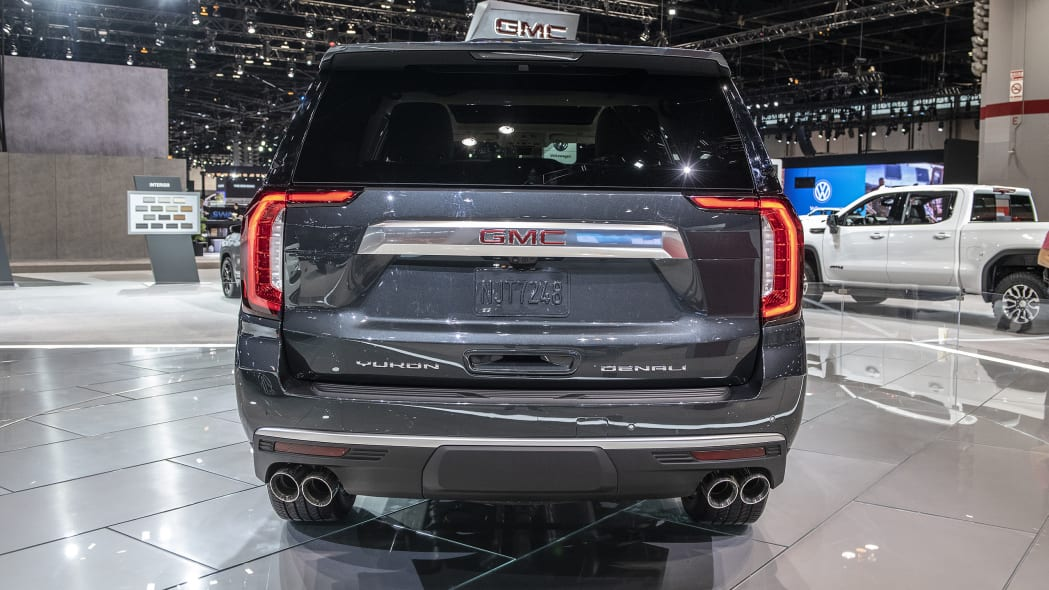 2021-gmc-yukon-chicago-07