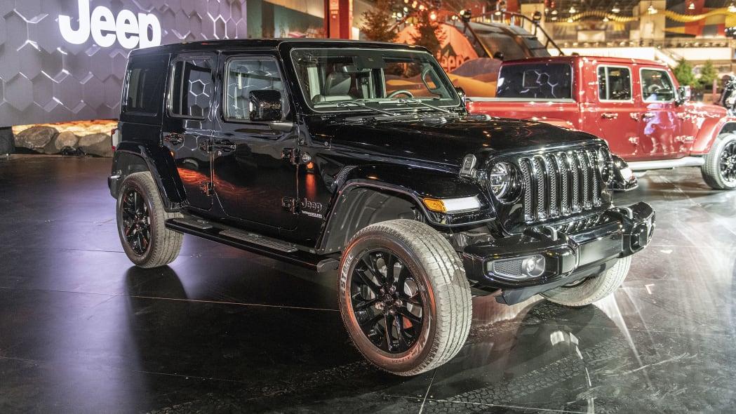2020-jeep-wrangler-high-altitude-chicago-01