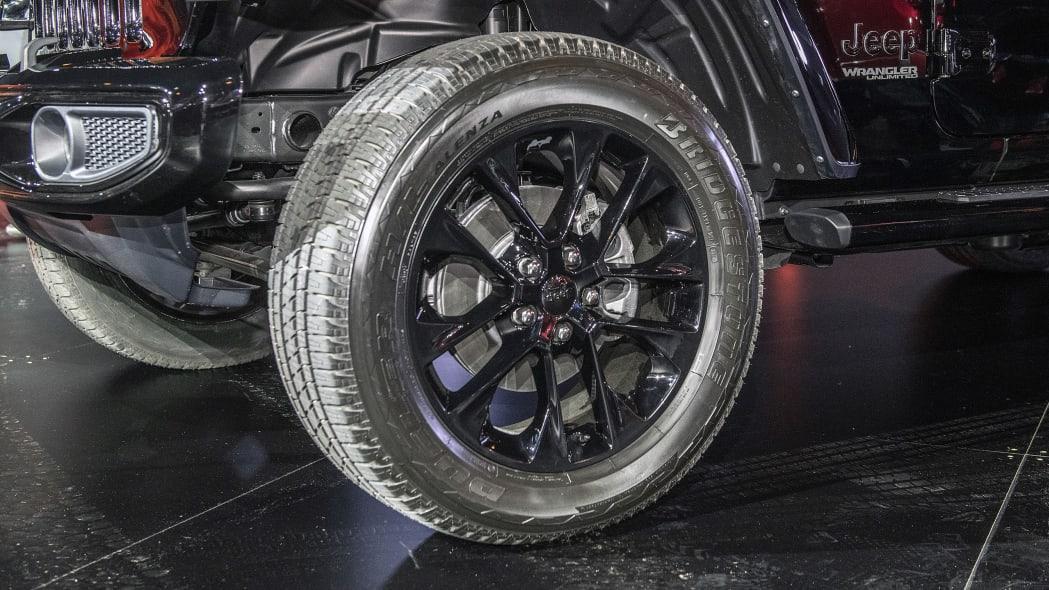 2020-jeep-wrangler-high-altitude-chicago-07