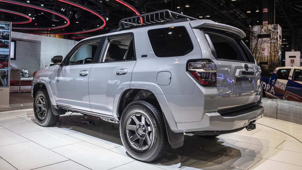 2021-toyota-4runner-trail-edition-chicago-02