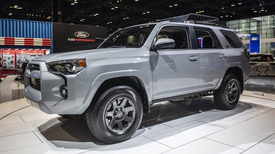 2021-toyota-4runner-trail-edition-chicago-03