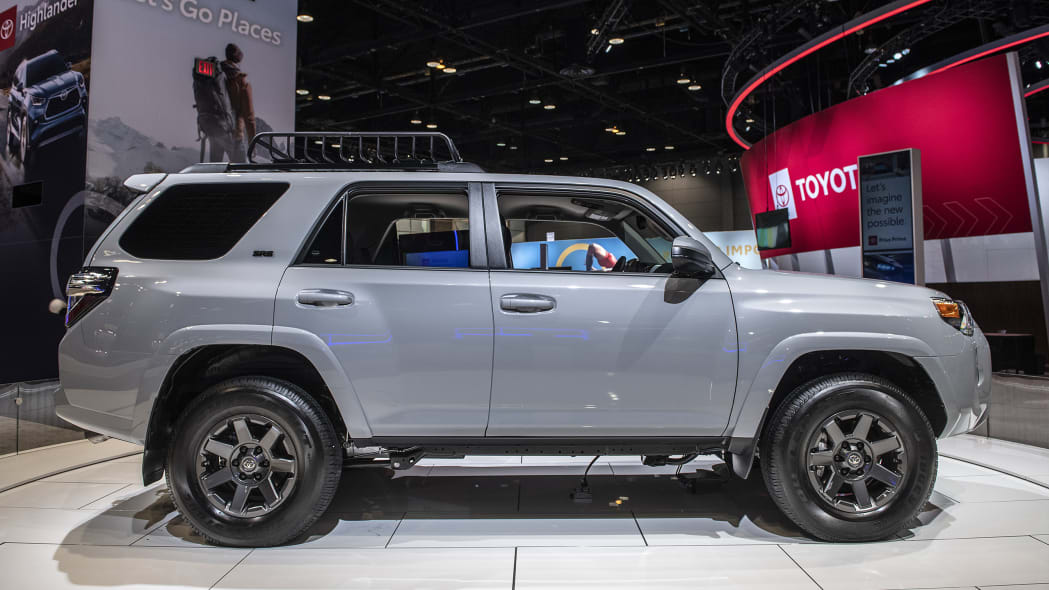 2021-toyota-4runner-trail-edition-chicago-05