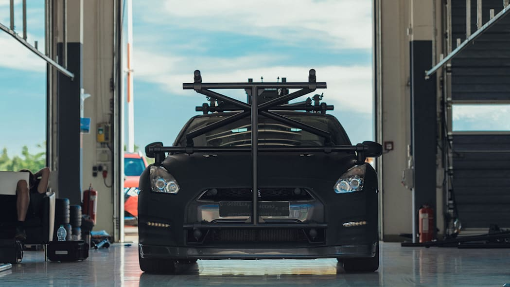 Nissan GT-R Camera Car 4