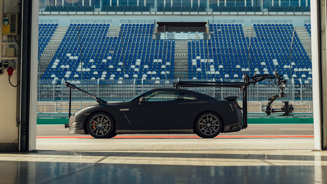 Nissan GT-R Camera Car 8