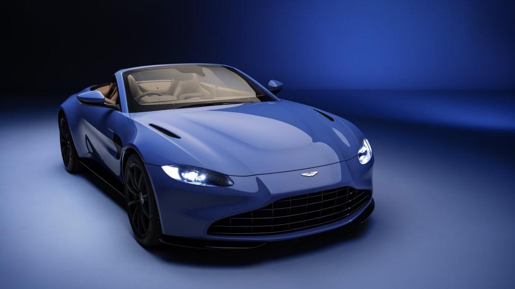 2020_aston_martin_vantage_roadster_006