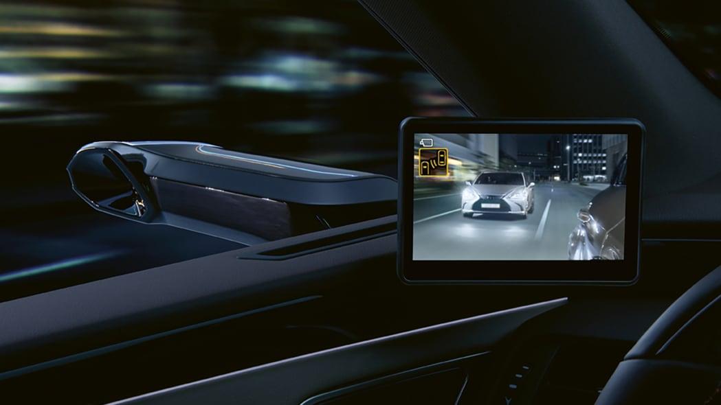 Lexus ES 300h Digital Mirro