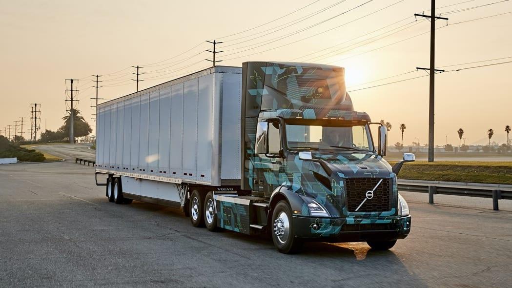 Volvo LIGHTS electric trucks