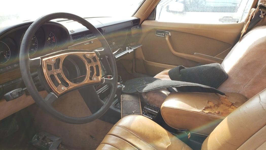03 - 1974 Mercedes-Benz 450SEL W116 in California junkyard - photo by Murilee Martin