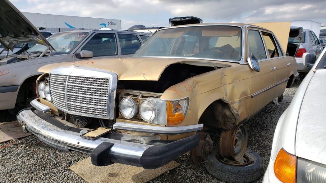 33 - 1974 Mercedes-Benz 450SEL W116 in California junkyard - photo by Murilee Martin