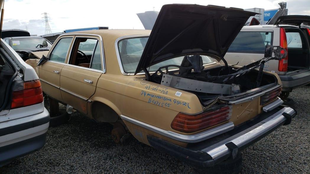 41 - 1974 Mercedes-Benz 450SEL W116 in California junkyard - photo by Murilee Martin