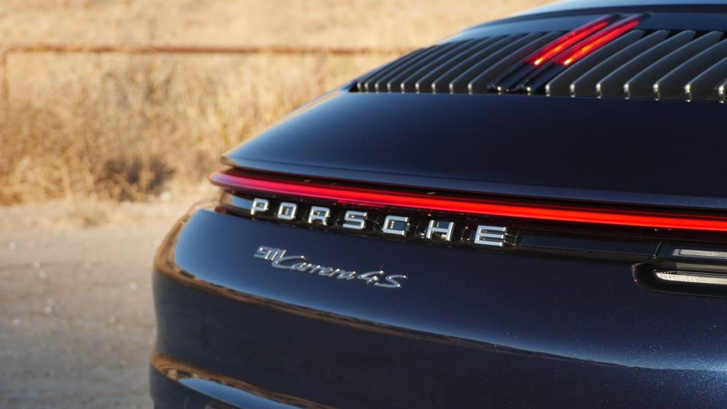 2020-porsche-911-4s-cabriolet-bdg