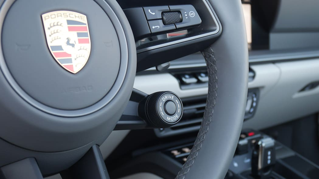 2020-porsche-911-4s-cabriolet-det-1