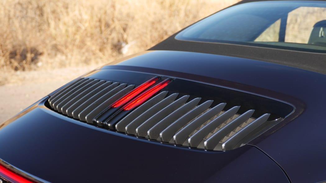 2020-porsche-911-4s-cabriolet-eng-1