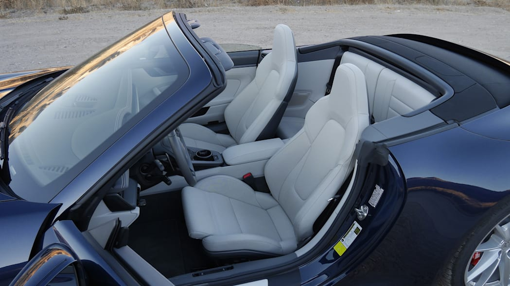 2020-porsche-911-4s-cabriolet-fint-1