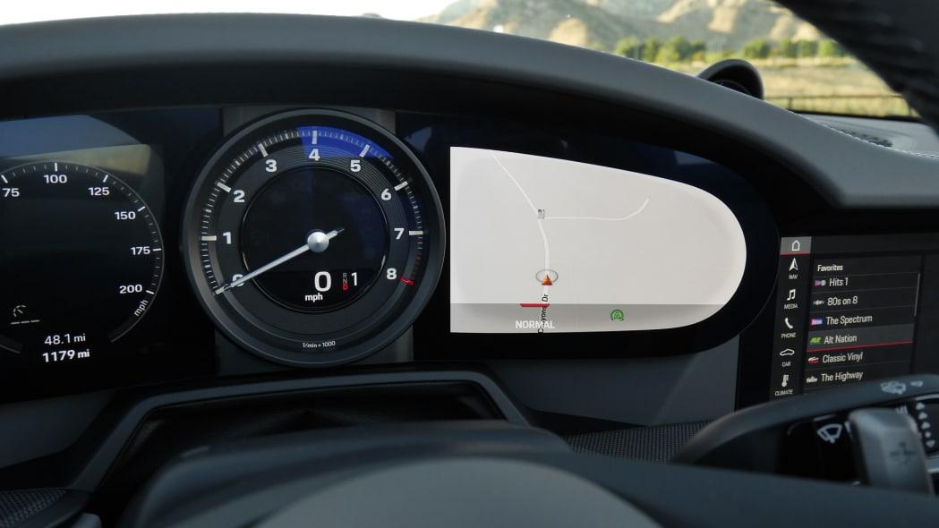 2020-porsche-911-4s-cabriolet-ip-2