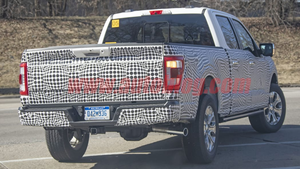 2021 Ford F-150 front/rear spy photos