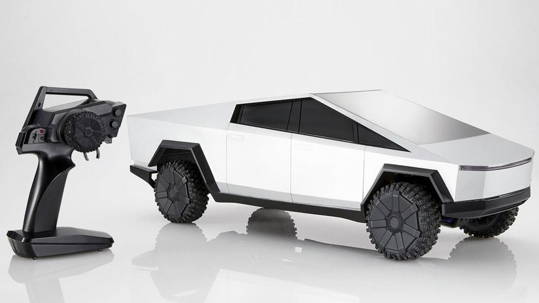 Hot Wheels Tesla Cybertruck RC Car 15