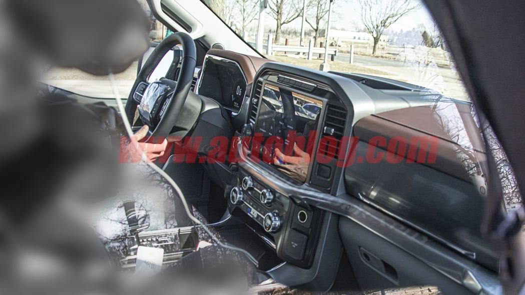 2020 - [Ford] F-Series FordF-150.int01.KGP_