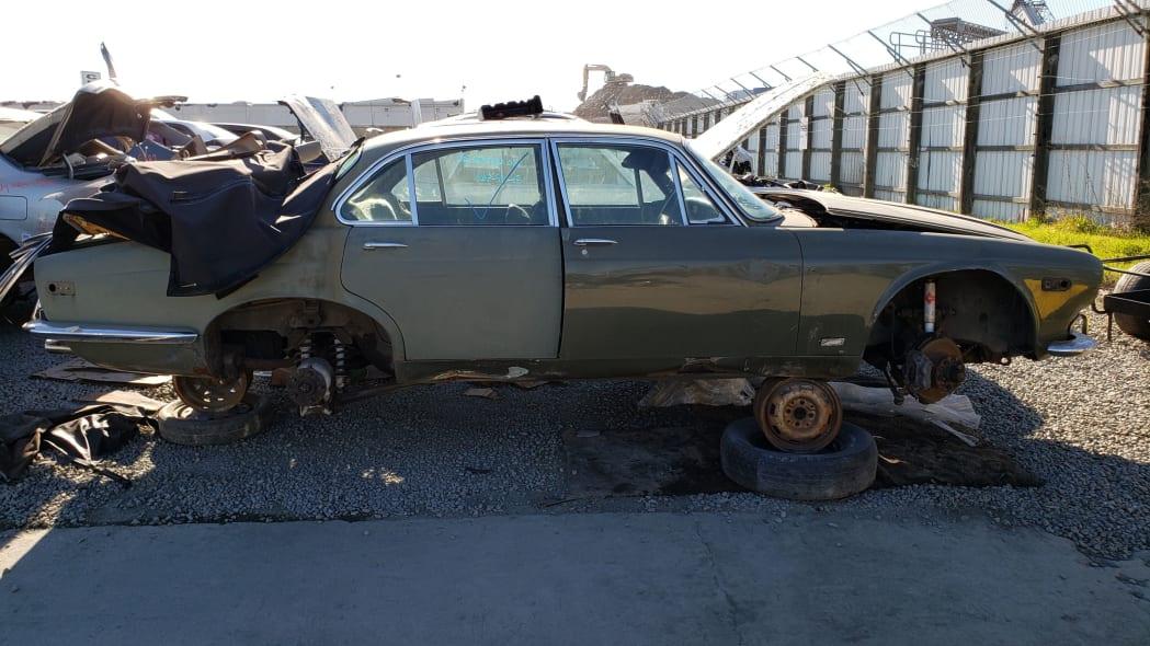 42 - 1973 Jaguar XJ6 in California junkyard - photo by Murilee Martin