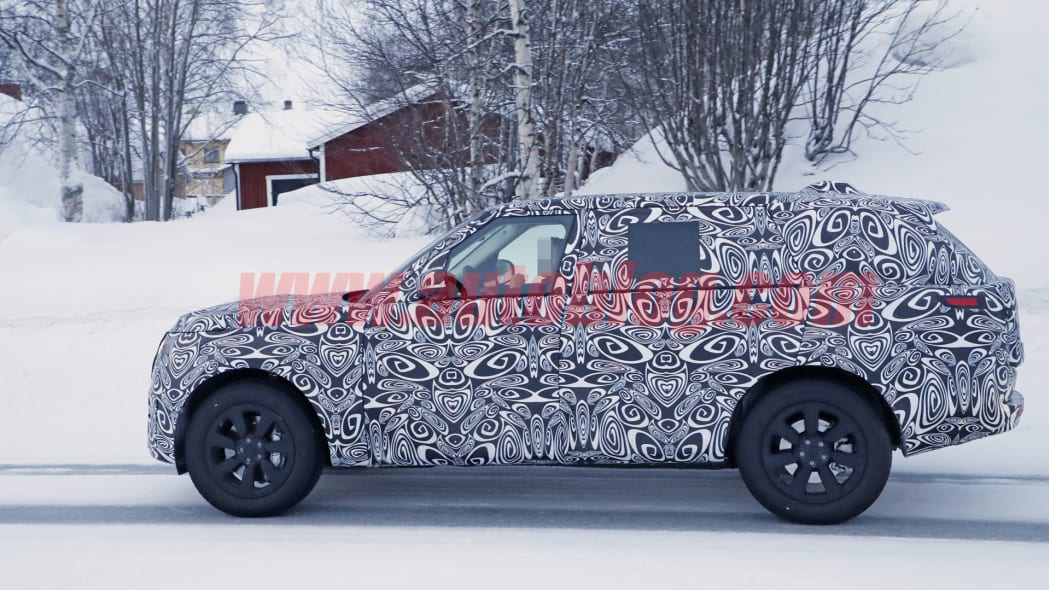 2021 Range Rover spy photo