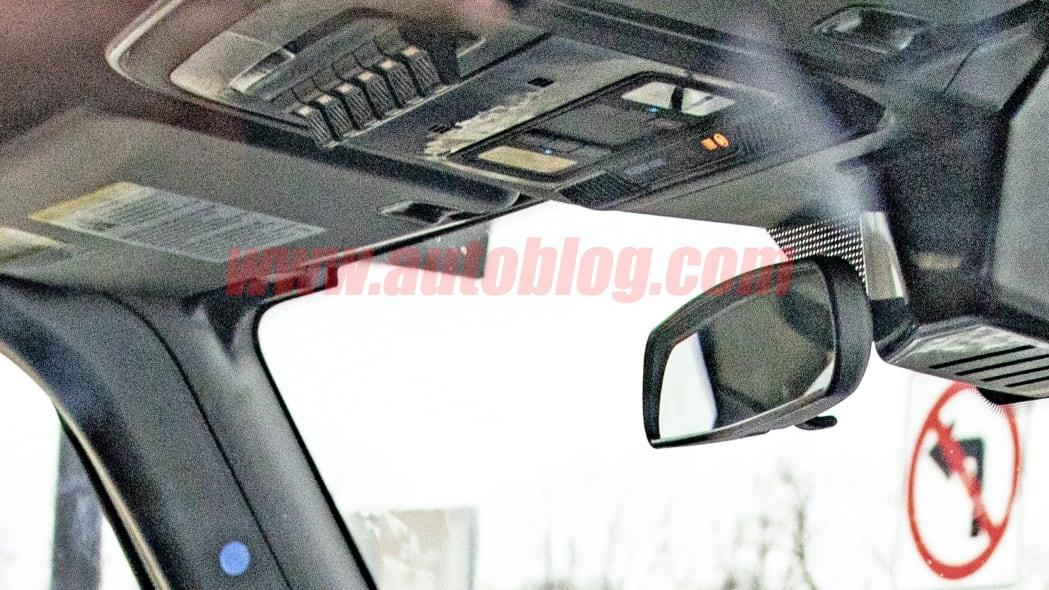 2021-Ford-Bronco-Interior-spy-photo-02.j
