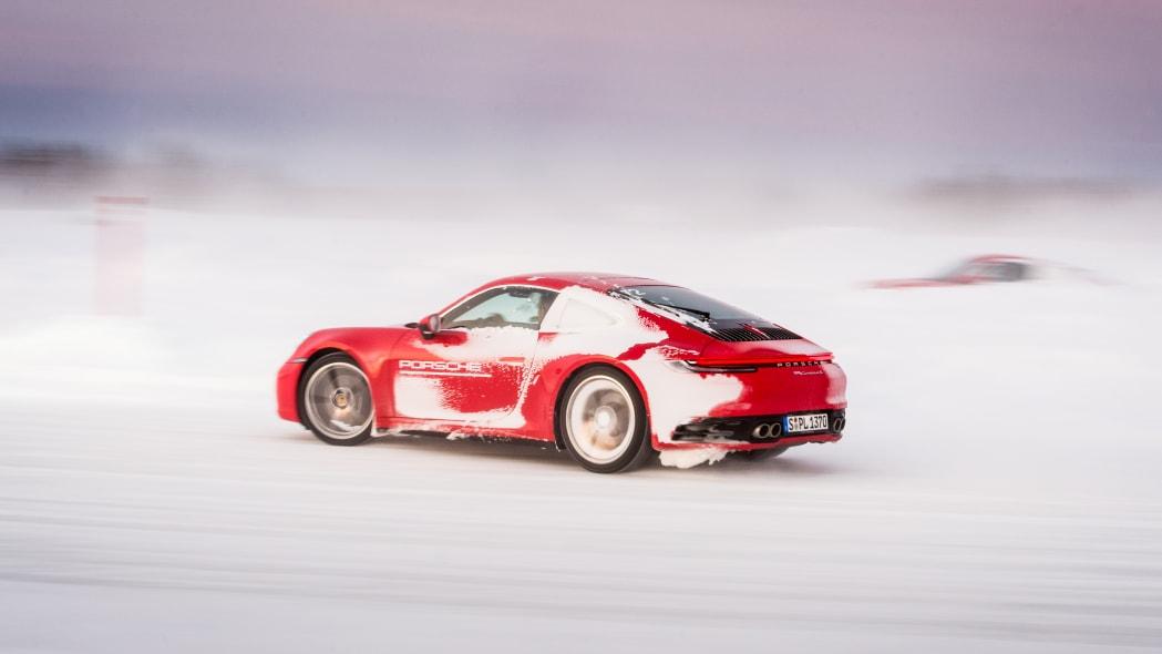 2020_Porsche_911_Carrera_4S (39)