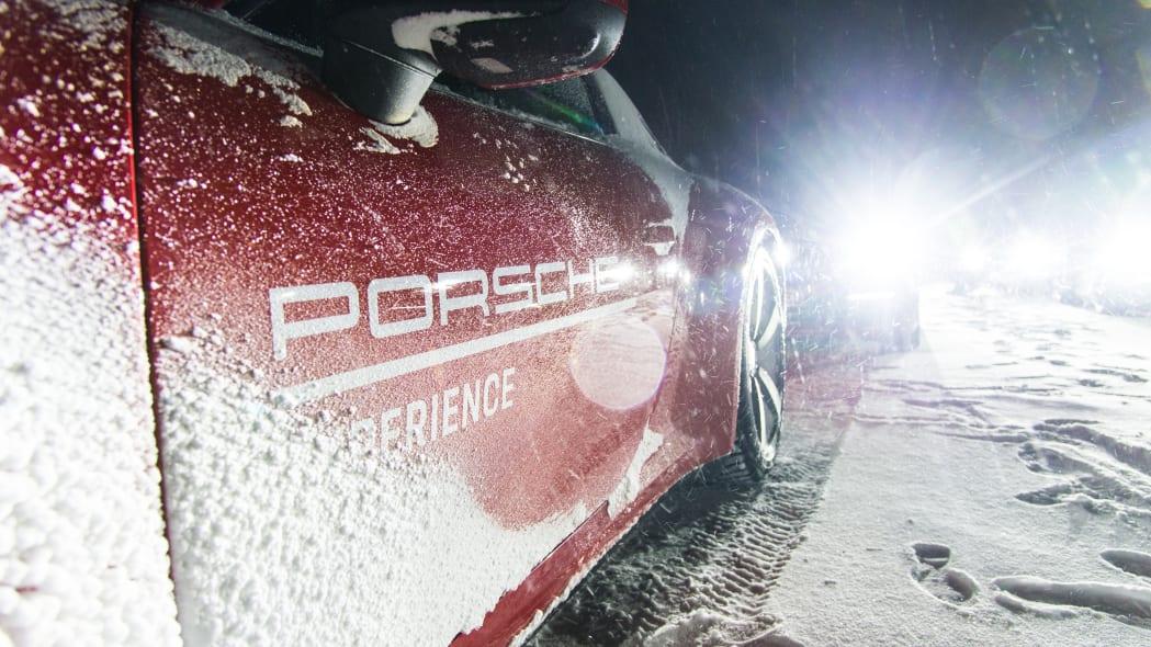 2020_Porsche_911_Carrera_4S (129)