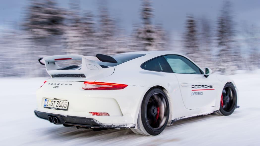 2019_Porsche_911_GT3 (9)