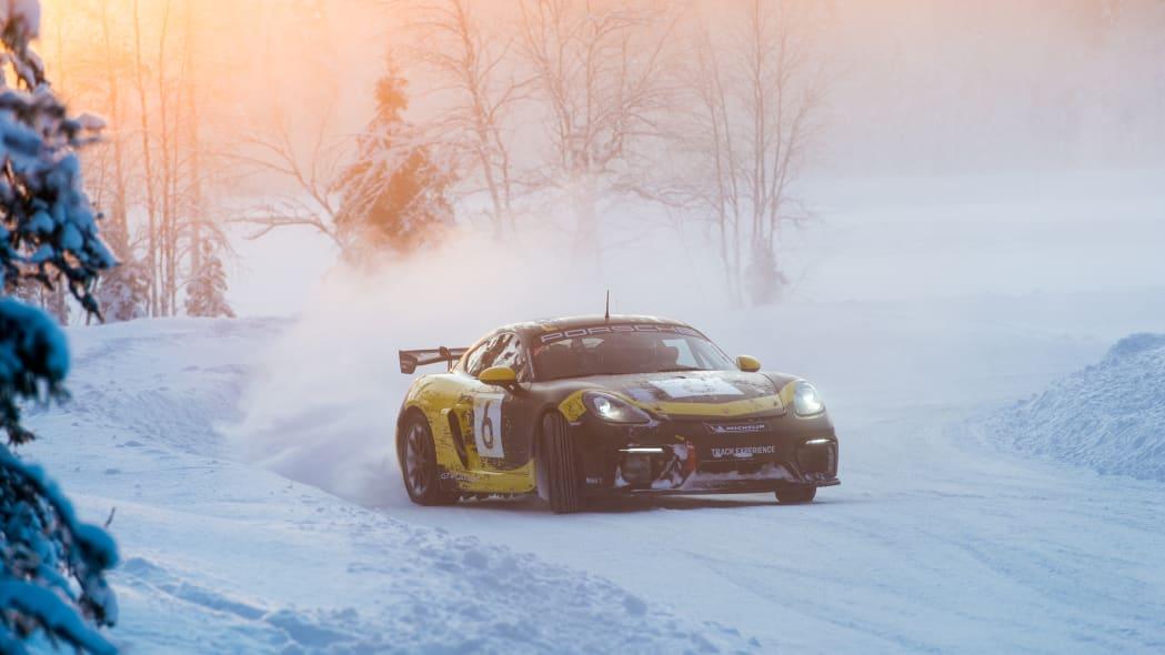 Porsche_718_Cayman_GT4_Clubsport (76)