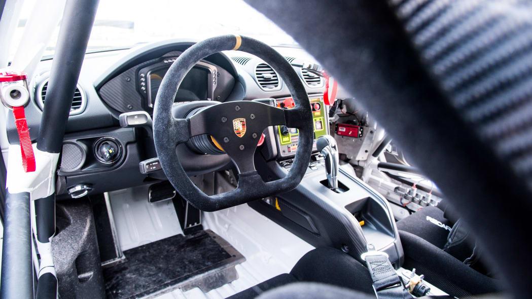 Porsche_718_Cayman_GT4_Clubsport (111)
