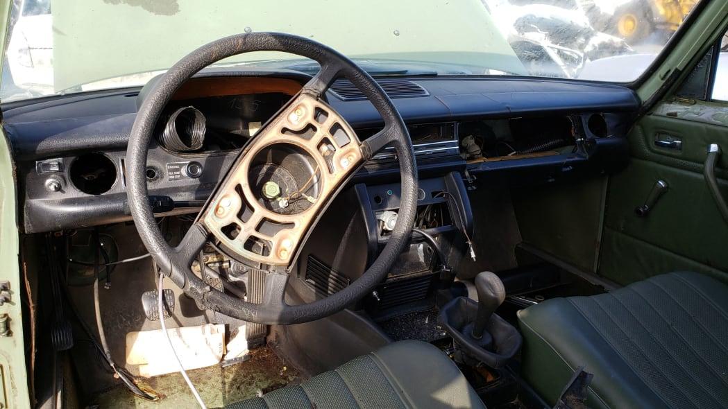 18 - 1975 Mercedes-Benz 240D in California Junkyard - photo by Murilee Martin