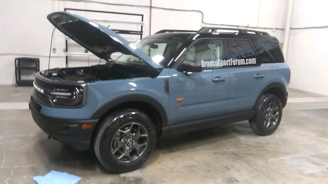 2021 Ford Bronco Sport leak