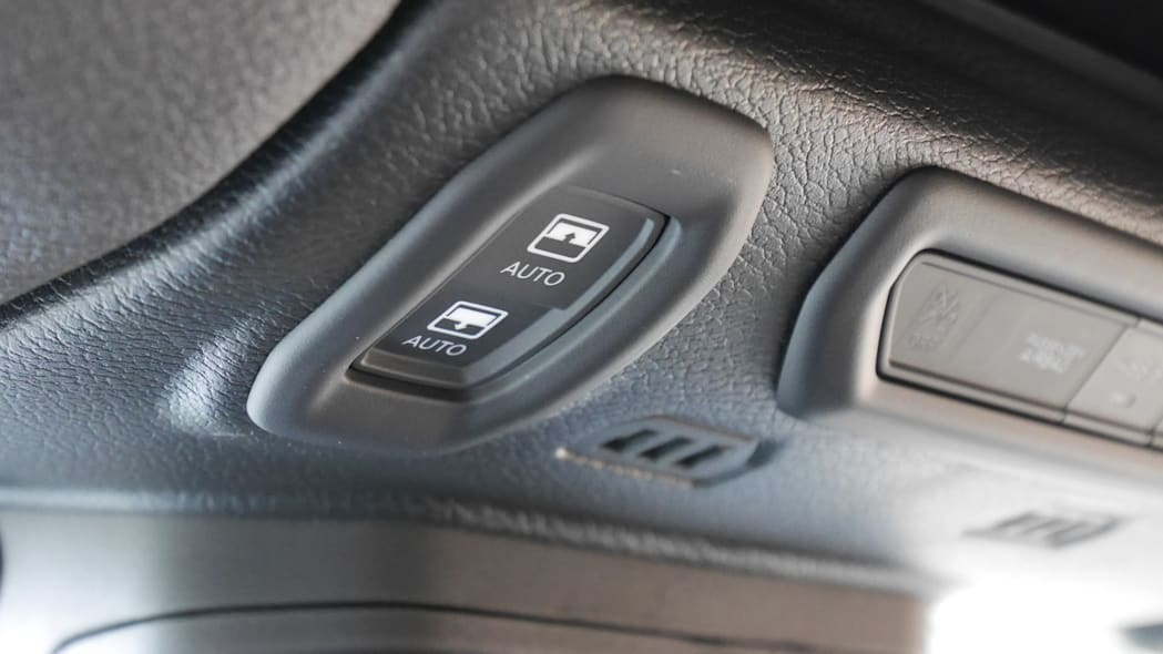 2020 Jeep Wrangler Sky One-Touch Power Top 1