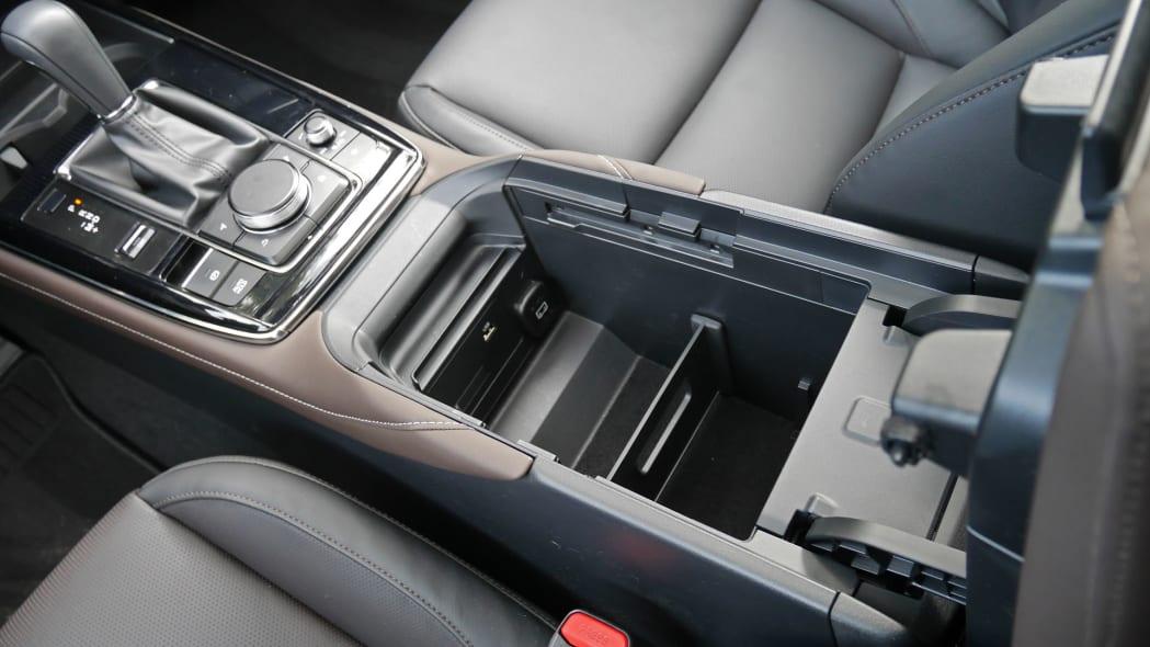 2020 Mazda CX-30 center console 3