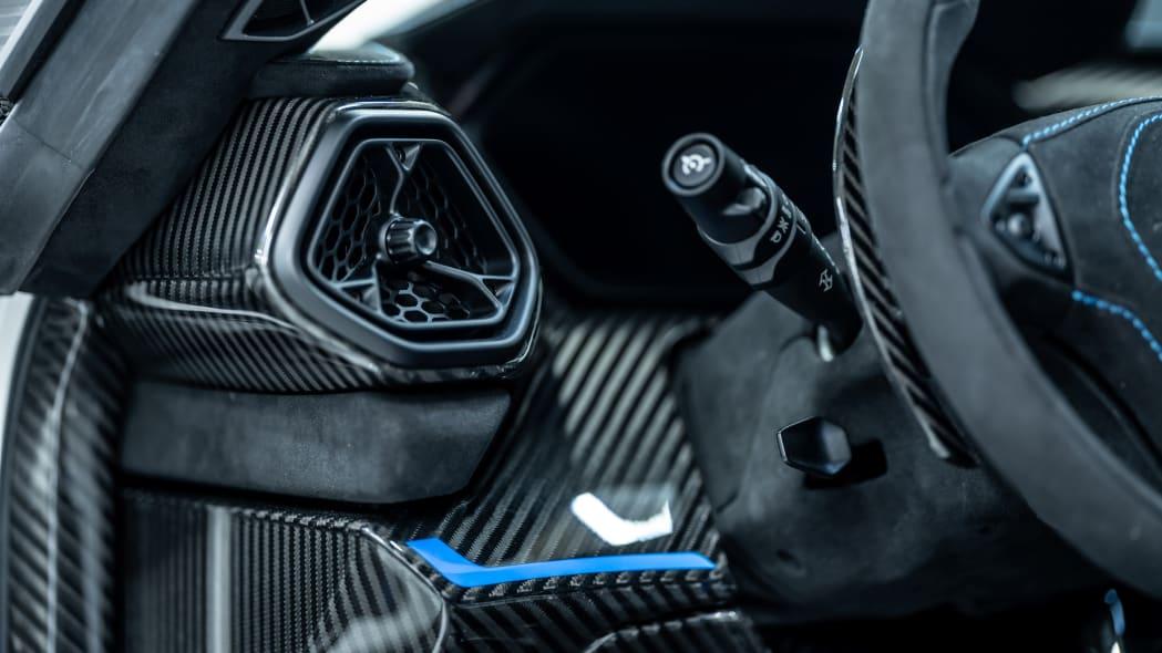 Zenvo TSR-S Carbon Fiber 10