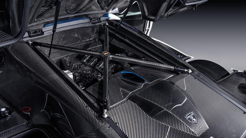 Zenvo TSR-S Carbon Fiber 13