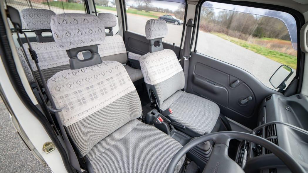 1993 Subaru Sambar Dias interior 1
