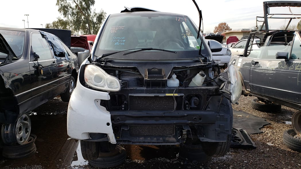 15 - 2009 Smart ForTwo in Arizona Junkyard - photo by Murilee Martin