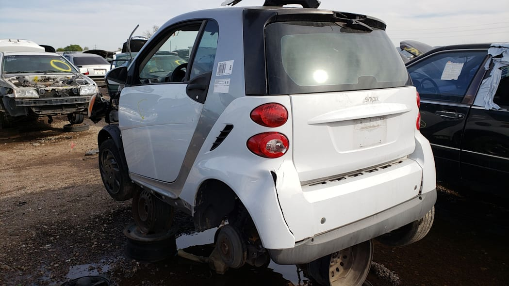 22 - 2009 Smart ForTwo in Arizona Junkyard - photo by Murilee Martin