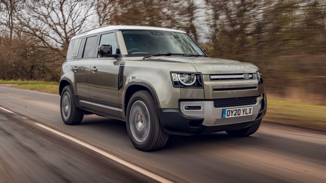 2020 Land Rover Defender 110 on road 4